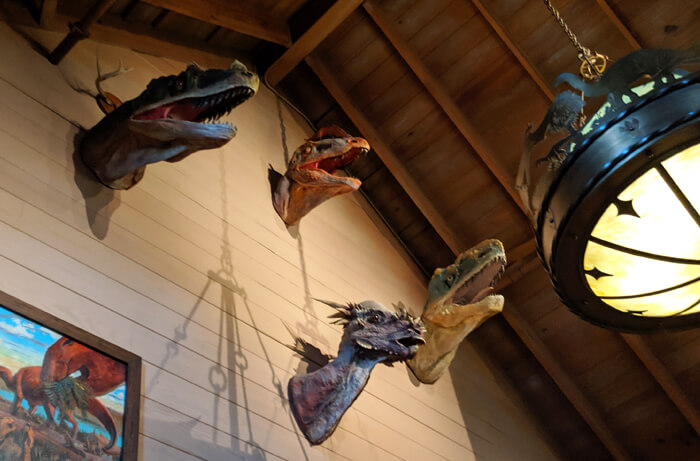 dino heads at Restaurantosaurus